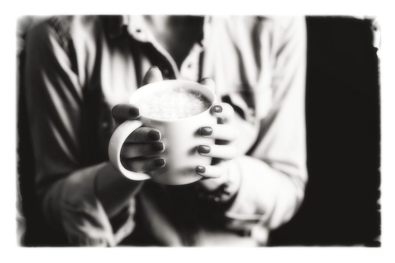Hands-Coffee-BW-800x533